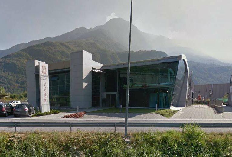 Progetto Architettura firmata da Numax - Showroom a Colico (LC)