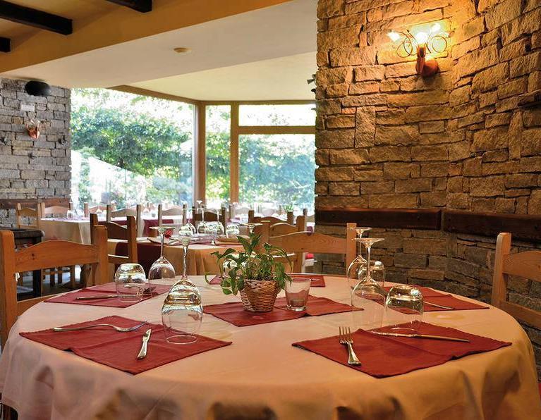 Hotel e ristorante Saligari a Verceia (So) - Progetto studio architettura e Interior Design